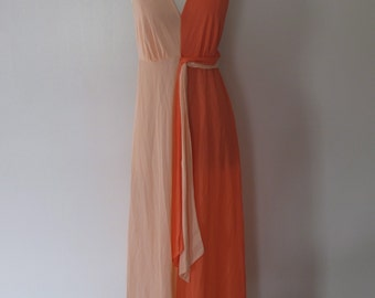 c.1960s Two Toned Nylon Nightgown