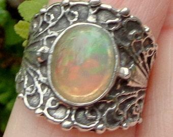 Sz 6, Welo Opal Ring, Sterling Silver Ring, Peach Green Fire, Vintage Style, Ethiopian Opal Ring, OOAK