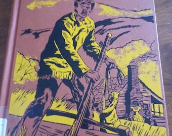 Vintage Walt Disney's Davy Crockett book, 1955