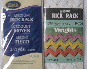 Vintage/New/Never Used Medium White Rick Rack Sewing Notion Trim