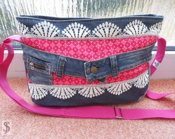 Jeans bag with tip