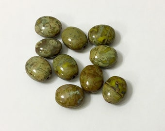 Green Picasso Finish Oval Beads (10)//Picasso beads//Czech Glass Beads  Craft supplies