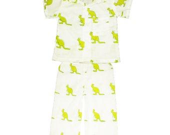 Cotton kids wear, play wear, Organic Baby pants and shirt set, Handmade kids clothing, Green Kangaroos print, Matching shirts & pants set