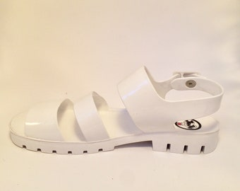 90s White Jelly Sandals