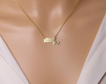 Massachusetts necklace,states necklace,gift idea,christmas present, Holiday gift, gold state necklace,MA state necklace