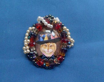 Brooch cat, baroque brooch or pendant with cat: cat with extravagant Hat