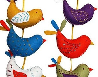 Felt Bird Decoration Craft Kit - Make Your Own x 6 Hanging Birds - Wool Felt Sewing - Beginners Sewing Gift