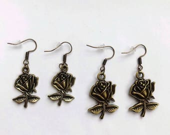 The antique gold bella rosa earrings