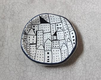 Circle City Small Trinket Clay Dish. Jewellery/Ring Dish. Handmade. Illustration. Street Scene. Quirky Gift.