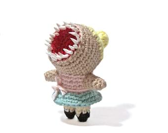 Faceless Dancer - Amigurumi - crochet pattern