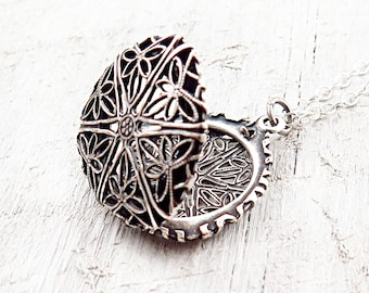 Silver Filigree Necklace, Vintage Silver Locket, Locket Pendant, Anniversary Gift, Filigree Jewelry