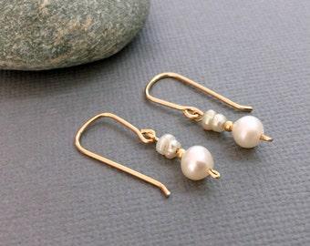 Zarte Gold Ohrringe Tropfen Ohrringe, zierliche Süßwasser Perlen Ohrringe, Braut Ohrringe Perle Brautjungfer Ohrringe