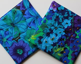 Quilted Potholders Set, Hot Pads Bright Beautiful Kaffe Fassett Print Fabrics - Delphinium and Petunias