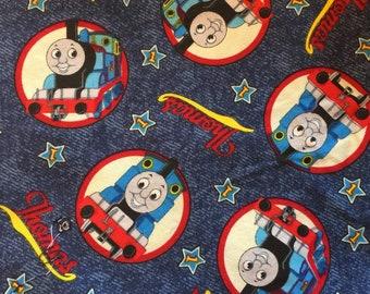 Amis sur bleue V. I. P. Fabrics & FQ Thomas le réservoir moteur 100 % coton / Fat Quarter