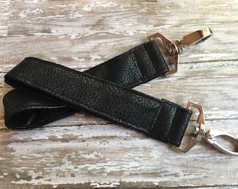 Leather keyfob//leather keychain wristlet