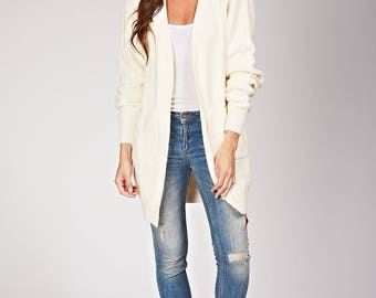 Twisted, warm and soft knit Cardigan