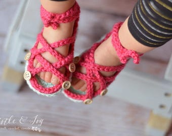 CROCHET PATTERN: Baby Button Gladiator Sandals pdf DOWNLOAD