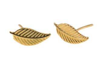 14K Gold Girls Earrings - Leaf Stud Earrings - 14k Gold Earrings - Gold studs - Gold Stud Earrings - Leaf Earrings - HANDMADE Earrings
