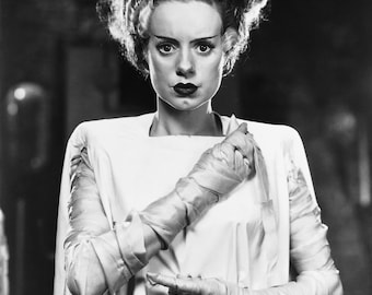 Elsa Lanchester The Bride of Frankenstein Hollywood Halloween Poster Art Photo Artwork 11x14 or 16x20