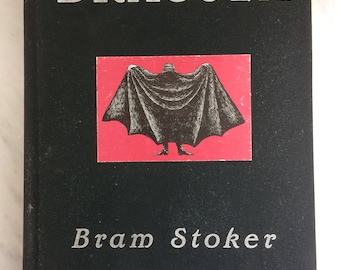 Dracula, the definitive edition. by: Bram Stoker