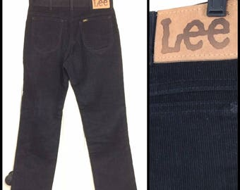 1980s Lee 200 black corduroys 32X30, measures 30x29 straight leg boyfriend jeans Union made in USA barely used condition #613