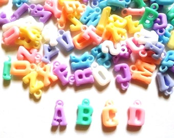 100 pcs Mix assorted alphabets letters a b c charms beads findings mix pastel colors