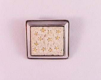 Sterling Silver Brooch with Floral Design