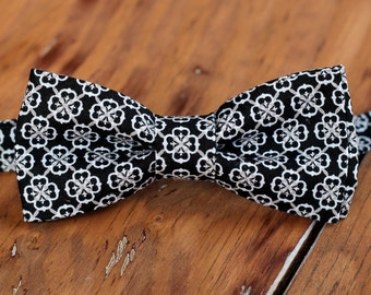 Mens black cotton bow tie - mens medallion black white bowtie - bow tie for men and teen boys - wedding bow tie - suit bow tie - dressy tie