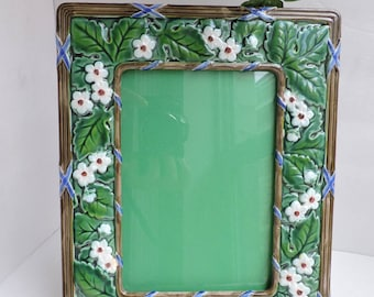 """Green Majolica Easel Picture Frame   Vintage White Flowers Photo Holder 4.5 x 6.5""""    Green Ceramic Frame   GreenTreeBoutique"""