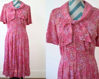 1950s Pink Floral Printed Dress with Short Sleeves and Sailor Tie Collar- Medium/ Large - Vintage Floral Print