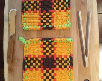 NEW Hand Woven Potholders - Set of 2 in A Sunflower Color Design-Cotton/Handmade