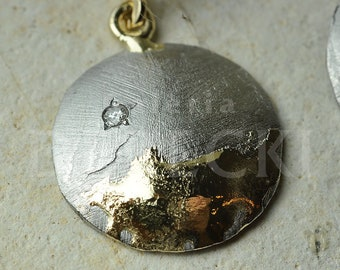 Europa - Earrings made of Gibeon meteorite and 0.585 gold