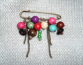 Brooch with Colored Beads, Boho Brooch, Collector Brooches, Vintage Style Brooches, Accessories, Gift Ideas.