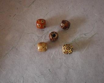 set of 5 different wooden barrel beads models 17 x 16 mm