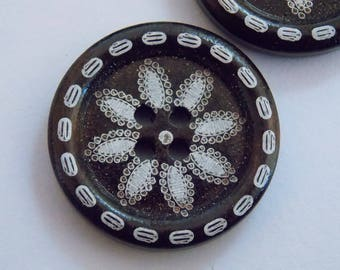 cute button wood white flower