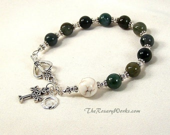 Irish Rosary Bracelet Chaplet Celtic Claddagh Green Agate White Prayer Beads Miraculous Medal St Therese Sacred Heart Good Shepherd