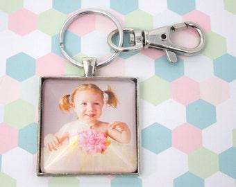 Personalized Photo Keyring - Custom Photo Keychain - Photo Key Chain - Silver Keychain - Photo Keyring - Picture Keychain - 35 mm Square