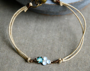 Pacific opal and crystal string bracelet,opal bracelet,boho bracelet,friendship bracelet. Tiedupmemories