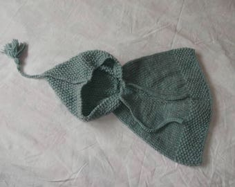 Baby poncho - hooded - knitted