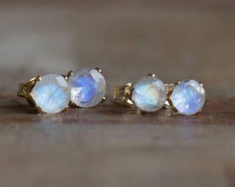 Moonstone Stud Earrings, Gemstone Earrings Studs, Wife Gift for Her, Rainbow Moonstone Jewelry, Moonstone Ear Studs, June Birthstone