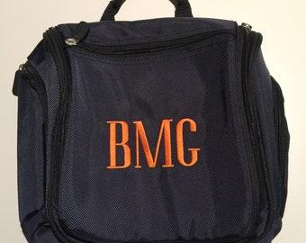 Monogrammed Toiletry Bags - Monogrammed Travel Bag - Men's Hanging Dopp Kit - Personalized Men Gift - Hanging Toiletry Bag - Graduation Gift