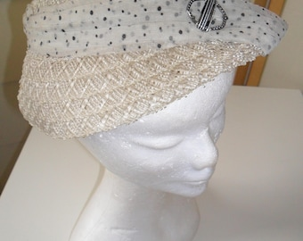 1950s Vintage Raffia/Straw Hat with Spotted Chiffon Band
