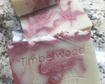 Rose Floral Blend - Mango Butter & Hempseed Vegan Soap with Ginseng and Avocado Extracts!