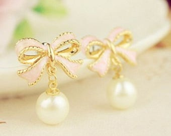 Shabby/romantic pink bow and Pearl Earrings