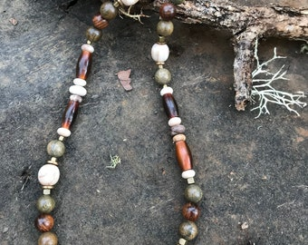Woodsy necklace, made with Bone, Black Rosewood, Green Sandalwood and matte Wood Opal, earthy and natural materials.