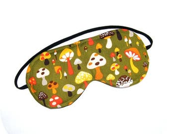 Green mushroom quilted sleeping mask