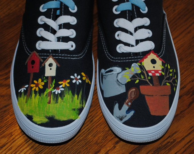 For Sale Lace up Gardening shoes size 8.5 navy canvas  READY TO SHIP