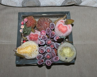 NEW PRICE Vintage Life Like Fruit, Tons of Fruit, Fancy Fruit, Some w Special Covering, Glass?, Grapes, Pears, Apples, etc., Home Decoration