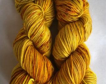 Curry - 100% Superwash Merino wool, worsted weight yarn
