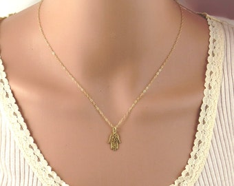 hamsa necklace , Gold hamsa necklace, gold hand necklace , gold filled hamsa necklace , dainty hamsa,kaballa necklace